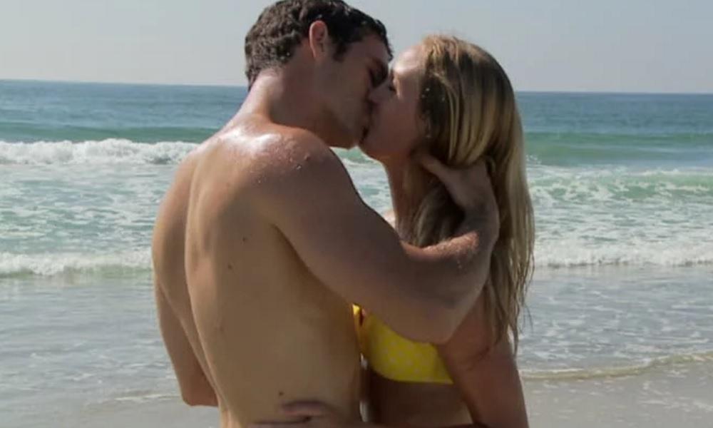 Beach Kisses Dating Addict Cadaver